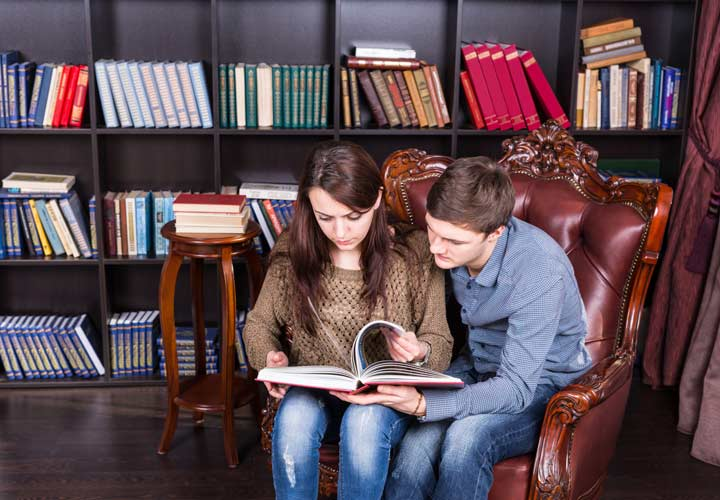 Ask the reading choice in first date conversation
